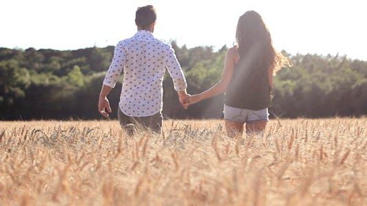 Voici ce que la femme veut dans sa relation selon son zodiaque