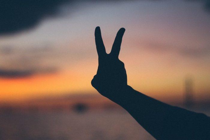 Soyez l'amour et la paix que vous prêchez
