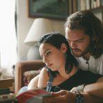 Comment savoir que quelqu'un commence à tomber amoureux de vous, selon son signe du zodiaque
