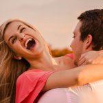 Un homme moins attrayant fait une femme plus heureuse !