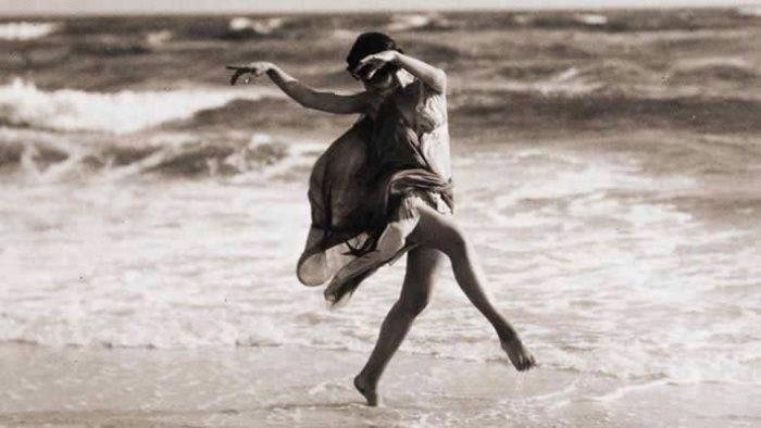 Ce que je veux, c'est rester fou, vivre ma vie comme je la rêve et non pas comme les autres me l'imposent.
