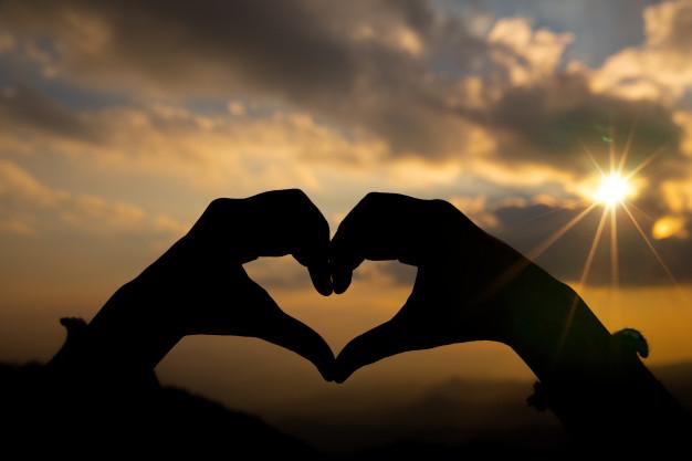 N'abandonnez pas l'amour parce que vous avez été blessé dans le passé.