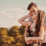 Horoscope : Quel est le signe du zodiaque qui tombe le plus facilement amoureux ?