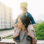 7 choses que les enfants mal-aimés transportent dans leurs relations adultes