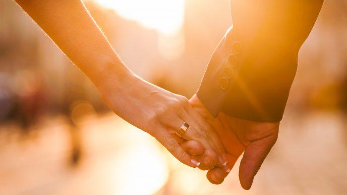 6 raisons scientifiques pour lesquelles les gens tombent amoureux
